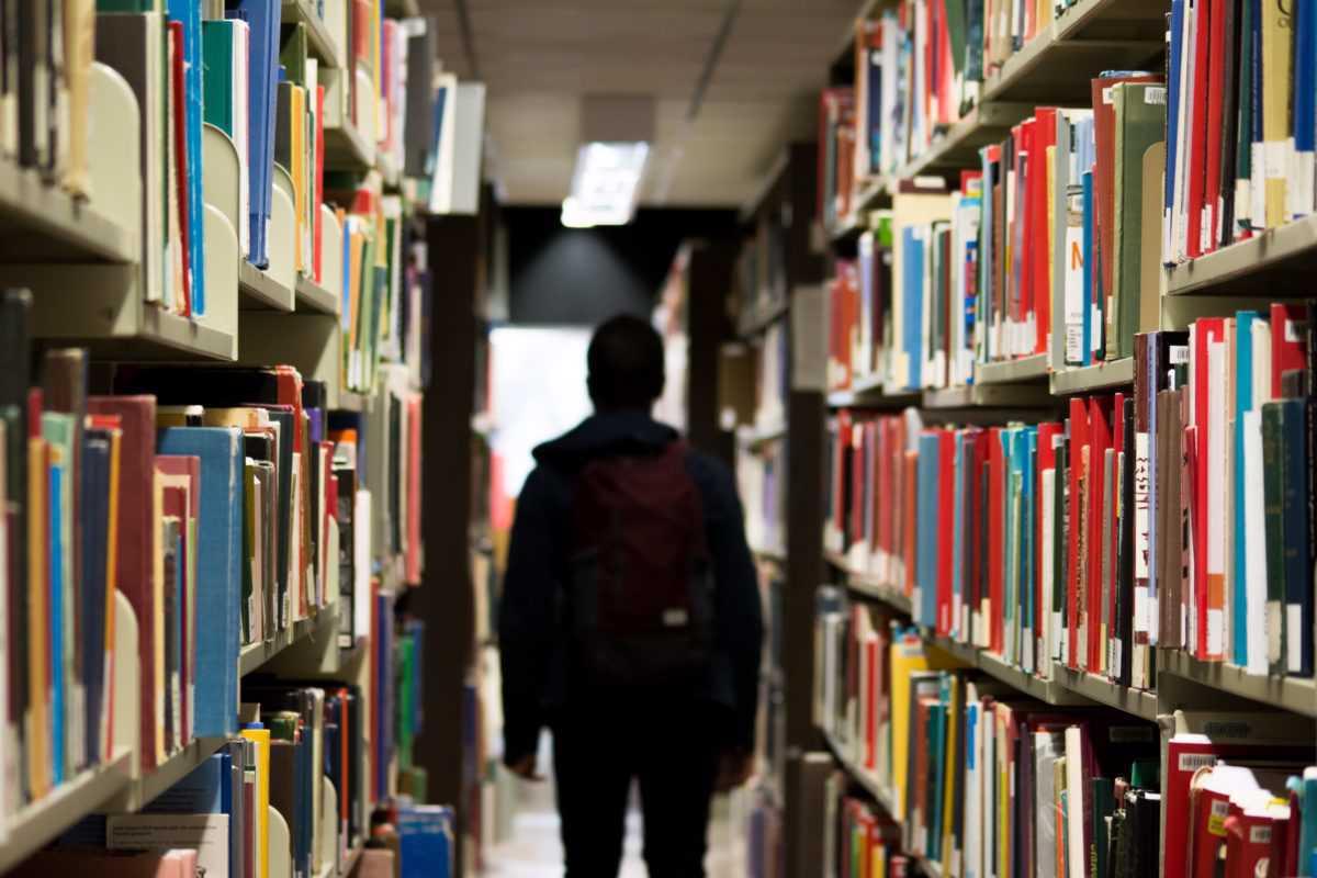 Lista de espera para ensinar português quase duplicou em relação a 2018
