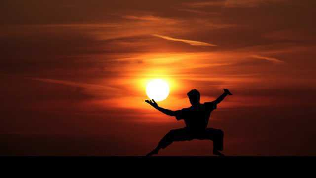 https://www.nihaoportugal.pt/wp-content/uploads/2019/09/fu-kung-kungfu-master-silhouette-martial-1447139-pxhere.com_-640x360.jpg