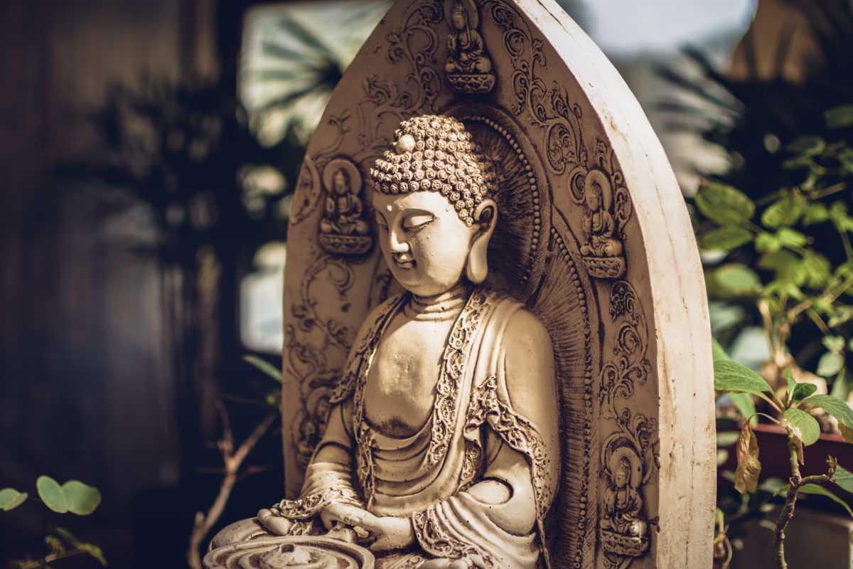 Apresentação do livro Buda Shakyamuni: Uma Biografia, na Fundação Oriente
