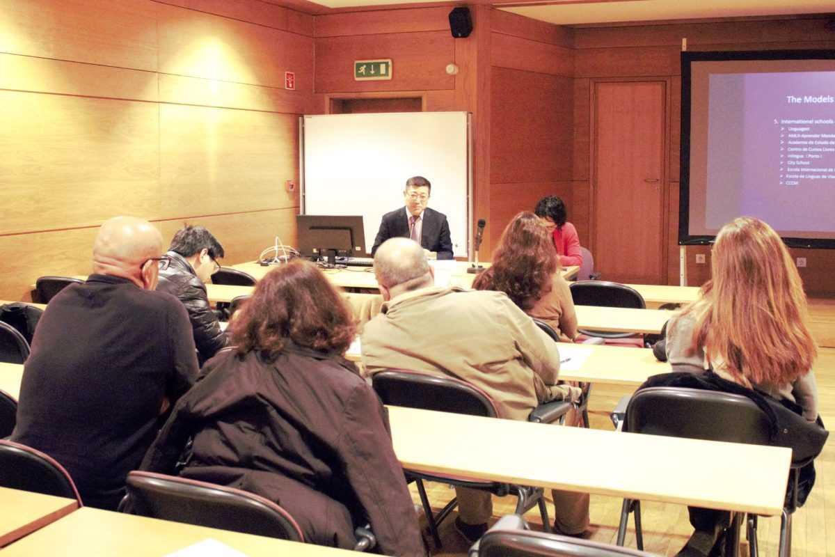 Ensino de mandarim em Portugal vive a melhor fase da história