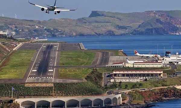 https://www.nihaoportugal.pt/wp-content/uploads/2020/05/madeira-aeroporto-600x360.jpg