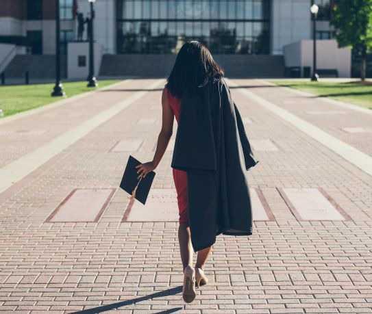 Macau reconhece graus académicos e diplomas de Portugal